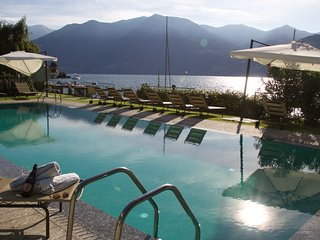 Bright Condo with Television and Water Views - Moltrasio vacation rentals