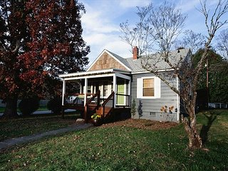 King Cottage - Black Mountain vacation rentals