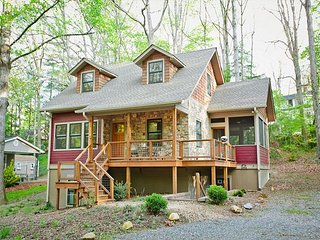 Tulip Cottage | Walking Distance to Black Mountain | Energy Star Rated Home - Black Mountain vacation rentals