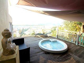 Vue panoramique - Mer/Ville/Montagne - Jacuzzi - Nice vacation rentals