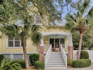 Charming cottage w/ private pool & hot tub - walk to the beach and village! - Saint Simons Island vacation rentals