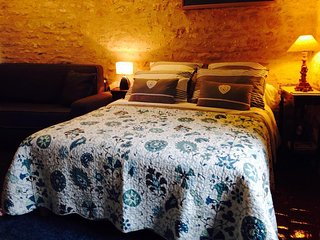 Cozy Vézelay Studio rental with Internet Access - Vézelay vacation rentals