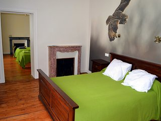Le Manoir B&B - family suite Négrette - up to 5p -  swimming pool - Souillac vacation rentals