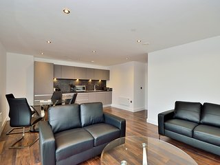 Contemporary two bed apartment - Manchester - Manchester vacation rentals