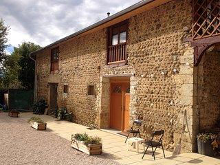 GÎTE TOMETTES : Une ambiance traditionnelle avec tout le confort moderne ! - Peyraube vacation rentals