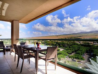 Maui Resort Rentals: Honua Kai Hokulani 1022 – Large Penthouse 2BR + Mountain - Lahaina vacation rentals