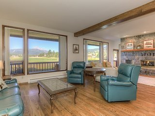 Beautiful Condo on the Golf Course - Huntley vacation rentals