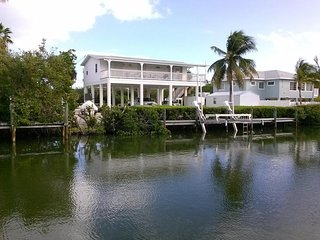 Sombrero Beach, canal front home with pool! - Marathon vacation rentals