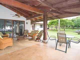 Lovely Villa with Housekeeping Included and Television - Playa Prieta vacation rentals