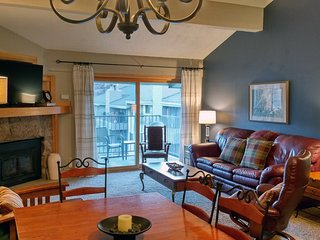 BC West J-4 w/ FREE Skier Shuttle - Avon vacation rentals