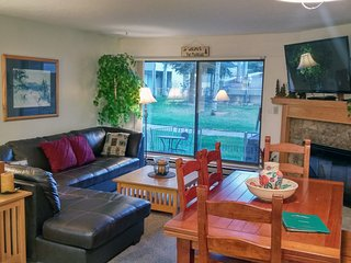 BC West I-1 w/ FREE Skier Shuttle - Avon vacation rentals
