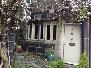 Sunny 2 bedroom Cottage in Heptonstall - Heptonstall vacation rentals