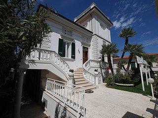 Residence Villa Piani Trilo A/6 app. n. 4 - San Vincenzo vacation rentals