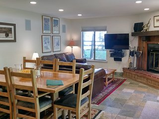 BC West W-1 w/ FREE Skier Shuttle - Avon vacation rentals