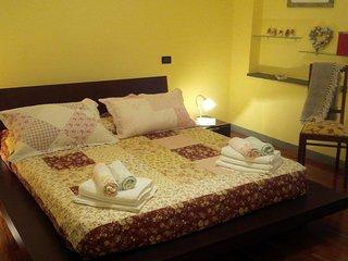 Perfect 1 bedroom La Spezia Condo with Internet Access - La Spezia vacation rentals