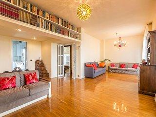 Terrace on Milan apartment in Navigli with WiFi, privéterras & lift. - Milan vacation rentals
