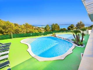 V. Alcanada Golf Luxe - Puerto de Alcudia vacation rentals