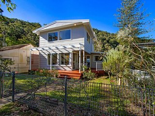 Picturesque Creekfront Reserve - Patonga vacation rentals