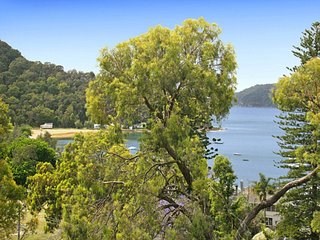 Cozy 3 bedroom House in Patonga - Patonga vacation rentals