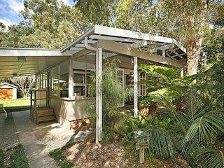Nice 4 bedroom House in Pearl Beach - Pearl Beach vacation rentals