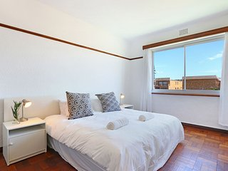 Bargain Muizenberg Apartment on Beach Road - Muizenberg vacation rentals