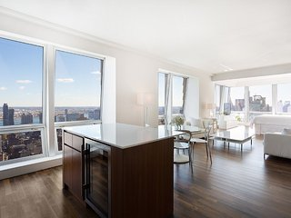 Midtown Jewel (A2), 2 or 3 BR 2.5 BA Apartment Near 5th Ave, Downton, Sleeps 10 - New York City vacation rentals