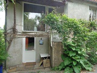 AU FIL DE L'EAU: gîte proche Puy du Fou - Le Boupere vacation rentals