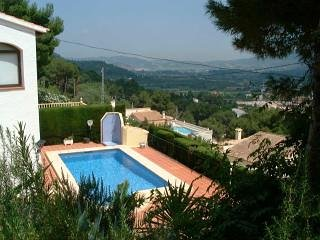 3 Bed villa, Alcalali, Jalon Valley, private full size pool, spectacular views - Alcalali vacation rentals