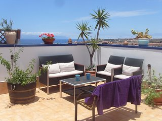 Wonderfull penthouse , 8 people , all facilities within 500 m. , Terrasse 70 m² - Fanabe vacation rentals
