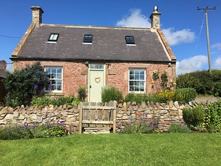 Whitfield Bothy Cottage with Hot Tub, Coldingham - Coldingham vacation rentals