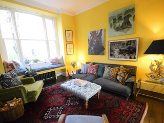2 BR Garden Flat (1 stop from Kings Cross!) - London vacation rentals