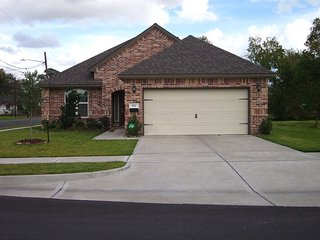 Cute 3 Bedroom/2 bathroom house located MINUTES from Downtown Houston - Houston vacation rentals