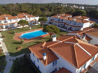 Enjoy holiday on luxury home for a few minutes walking to the beach and golf - Amoreira vacation rentals