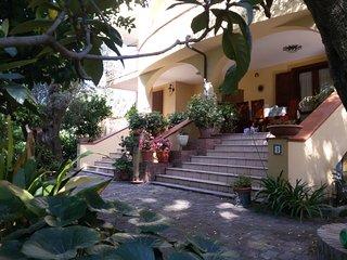 villagemma/ULIVO a 350 m. dalla spiaggia - Policastro Bussentino vacation rentals