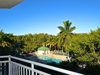 Saint Barts Suite Delightful! Gorgeous views with pool and hot tub access! - Key West vacation rentals