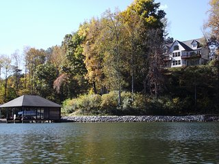 Smith Mountain Lake VA - Still Waters on the lake - Goodview vacation rentals
