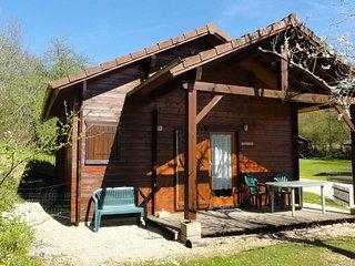 Bourgogne, chalet cosy, près d'Avallon - Saint-More vacation rentals