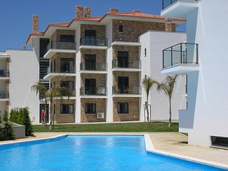 JC AG -São Martinho do Porto - Outstanding 2 bedroom apartment with shared pool. - Sao Martinho do Porto vacation rentals