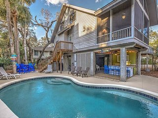 8 Osprey - Oceanviews from your porch & 25 steps to the beach. - Hilton Head vacation rentals