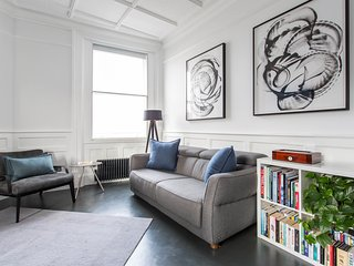 onefinestay - West Smithfield private home - London vacation rentals
