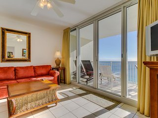 Waterfront w/ views, shared pools, hot tub, & fitness room - walk to the beach - Panama City Beach vacation rentals