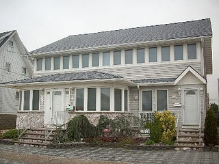 Ocean Block, Centrally Located, Beach Access, Center of Town (2nd Floor) - Lavallette vacation rentals
