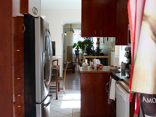 Nice Condo with Internet Access and A/C - Longueuil vacation rentals