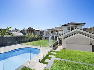 Family home with scenic views of Sydney's beaches - Balgowlah vacation rentals
