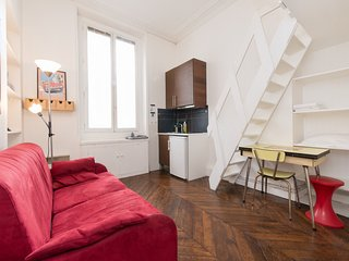 Studio Magenta Rental by North Station in Paris - Paris vacation rentals