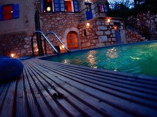 Villa Aurora, 200 Years Old Rural Beauty With A Po - Bribir vacation rentals