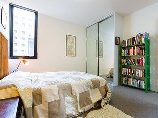 Nice 2 bedroom Condo in Fitzroy - Fitzroy vacation rentals