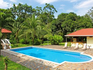 Fortuna's Best - The Exclusive Arenal Emerald Estate - La Fortuna de San Carlos vacation rentals