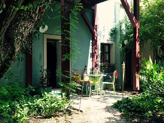 Central city appartment with garden - Regensburg vacation rentals