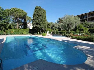 Nice Villa with Internet Access and Shared Outdoor Pool - Vence vacation rentals